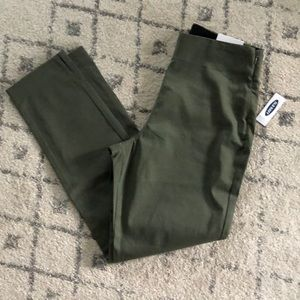 Old Navy Flat Front Pant